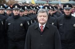 Petro Poroshenko et nouvelle police de patrouille de l'Ukraine Image libre de droits