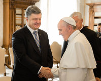 Petro Poroshenko et pape Francis Photos libres de droits
