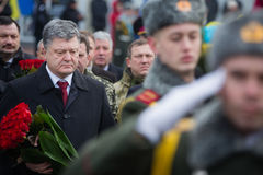 Petro Poroshenko honored the memory of soldiers killed in Afghan Royalty Free Stock Photos