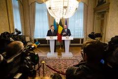 Petro Poroshenko och Charles Michel Arkivbild