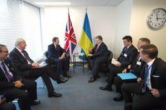 Petro Poroshenko och David Cameron i New York Royaltyfria Foton