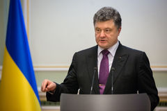 Petro Poroshenko op de ontvangst van het Nieuwjaar voor het diplomatieke hoofd Royalty-vrije Stock Foto