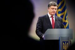 Petro Poroshenko op de ontvangst van het Nieuwjaar voor het diplomatieke hoofd Royalty-vrije Stock Afbeeldingen