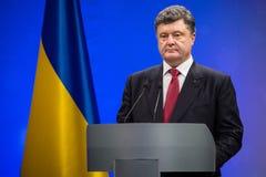 Petro Poroshenko op de ontvangst van het Nieuwjaar voor het diplomatieke hoofd Stock Afbeelding