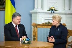 Petro Poroshenko y Dalia Grybauskaite Foto de archivo libre de regalías