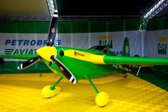 Petrobras Red Bull-Flugzeug Lizenzfreie Stockfotos
