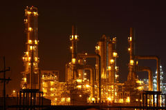 Petrochemical plant in the night,Oil plant Royalty Free Stock Photos