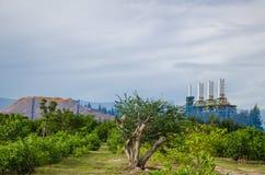 Petrochemicalväxt i Thailand Arkivbilder