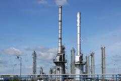 Petrochemische de installatievorm van de olieraffinaderij royalty-vrije stock fotografie
