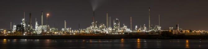Petrochemische raffinaderij in Botlek, Rotterdam Stock Afbeeldingen