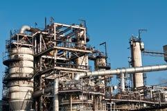 Petrochemische Raffinerie-Anlage Stockfotos