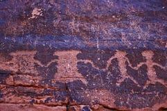 Petroglifos en la pared de barranca fotografía de archivo libre de regalías
