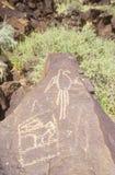 Petroglyph de um pássaro, cerca do ANÚNCIO 1300-1650, Boca Negra Canyon, nanômetro fotografia de stock royalty free