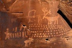 Petroglyph dos cervos da chuva imagens de stock