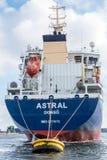 Petroleiro astral na boia Fotos de Stock