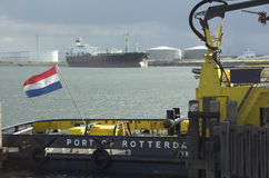 Petroleiro de petróleo no porto Imagem de Stock