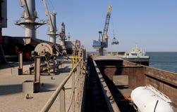 Petroleiro em uma barca Imagens de Stock Royalty Free