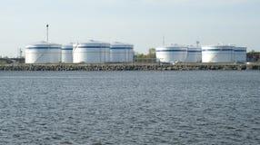 Petroleiros do armazenamento no porto Foto de Stock
