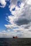 Petrolero en el mar abierto Foto de archivo libre de regalías