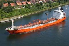 Petrolero en Kiel Canal foto de archivo libre de regalías