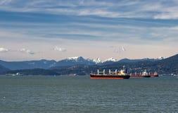 Petroleros del océano en el puerto de Vancouver Fotos de archivo libres de regalías