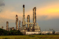 Petroleum Refinery. Evening Sunset At Petroleum Refinery Royalty Free Stock Photos