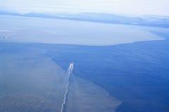Petroliere fuori dal litorale della Columbia Britannica Fotografia Stock Libera da Diritti