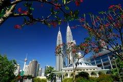 Petronas Góruje Obrazy Royalty Free