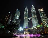 Petronas góruje, wysocy budynki w Malaysia góruje w Kua Obrazy Royalty Free