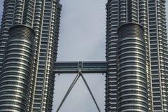 Petronas står hög Arkivbilder