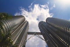 Petronas står hög Arkivbild