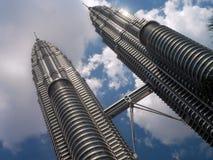 Petronas torreggia su - Kuala Lumpur - la Malesia Immagini Stock Libere da Diritti