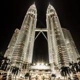 Petronas Tweelingtorens in Kuala Lumpur, Maleisië Stock Afbeeldingen