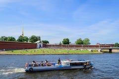 Petropavlovskaya forteca na zajęczej wyspie w St Petersburg Obrazy Royalty Free