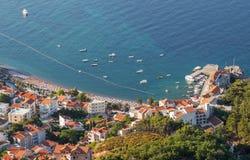 Petrovac-Stadt. Adriatisches Meer, Montenegro Lizenzfreies Stockbild