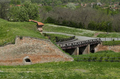 Petrovaradin fästning i Novi Sad, Serbien, utomhus- sikt Arkivfoton