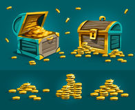 Petti dei tronchi di Piratic con i tesori delle monete di oro Fotografie Stock