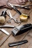 Pettine e tagliatore elettrico fotografia stock