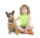 Petting o cão Foto de Stock Royalty Free