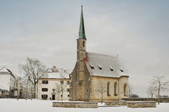 Peu d'église dans le château de Burghausen, Allemagne Photos libres de droits