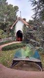 Peu de chapelle sur la côte Image stock