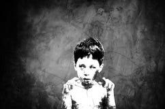 Peu de fantôme sur le vieux mur Photographie stock libre de droits