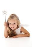 Peu de fée d'ange avec la baguette magique magique Photographie stock libre de droits