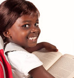 Peu de fille africaine d'école Photo stock