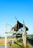 Peu de hutte sur la terre de ferme Image libre de droits