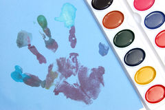 Peu de main en couleurs Photos libres de droits