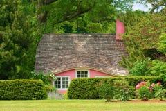 Peu de maison rose Photos libres de droits