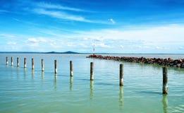 Peu de pilier au lac Balaton images libres de droits