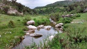 Peu de rivière images libres de droits
