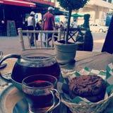 Peu de thé photographie stock